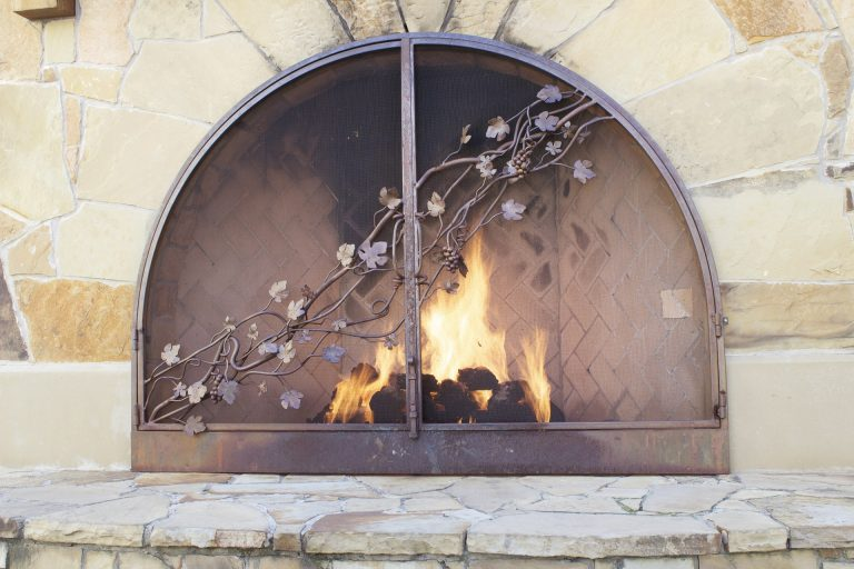 Warm Up this Fall with an Outdoor Fireplace